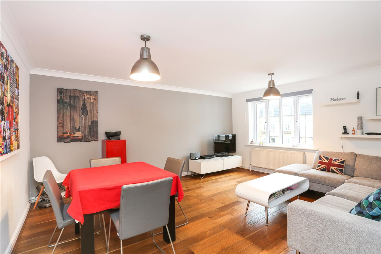 2 bed flat for sale in Goddard Place, London, N19