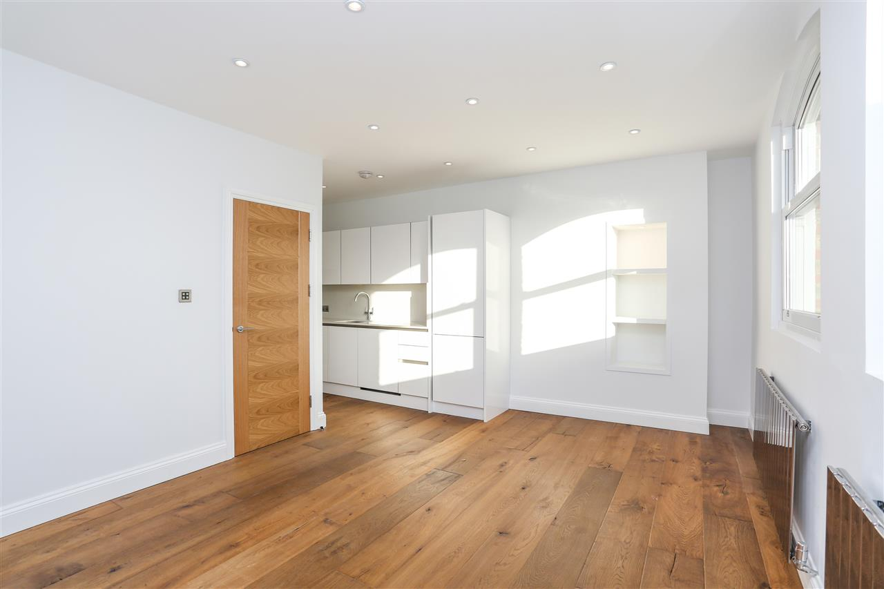 2 bed apartment for sale in Tufnell Park Road, London, N7