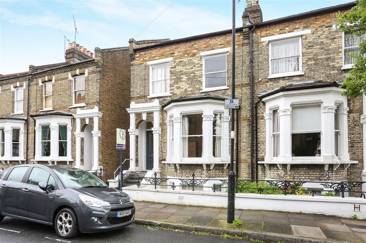5 bed house for sale in Celia Road, London, N19