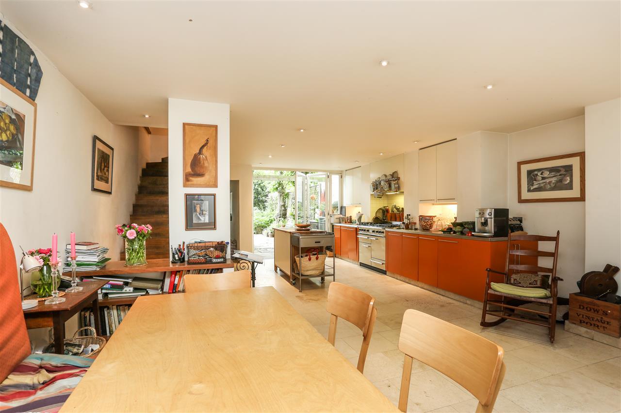 5 bed house for sale in Ospringe Road, London 2