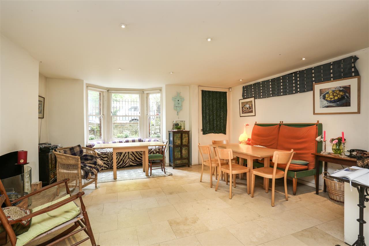 5 bed house for sale in Ospringe Road, London 4