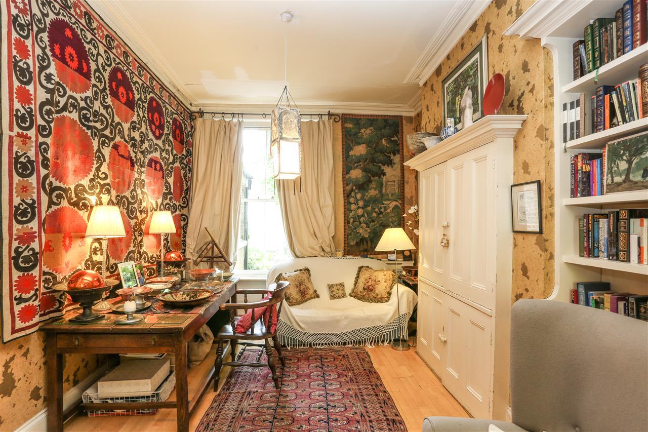 5 bed house for sale in Ospringe Road, London 8