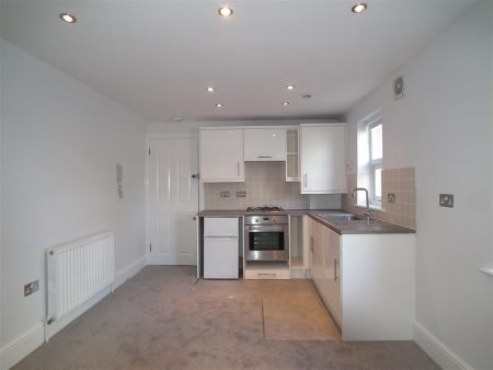 1 bed flat to rent in Fortess Road, London