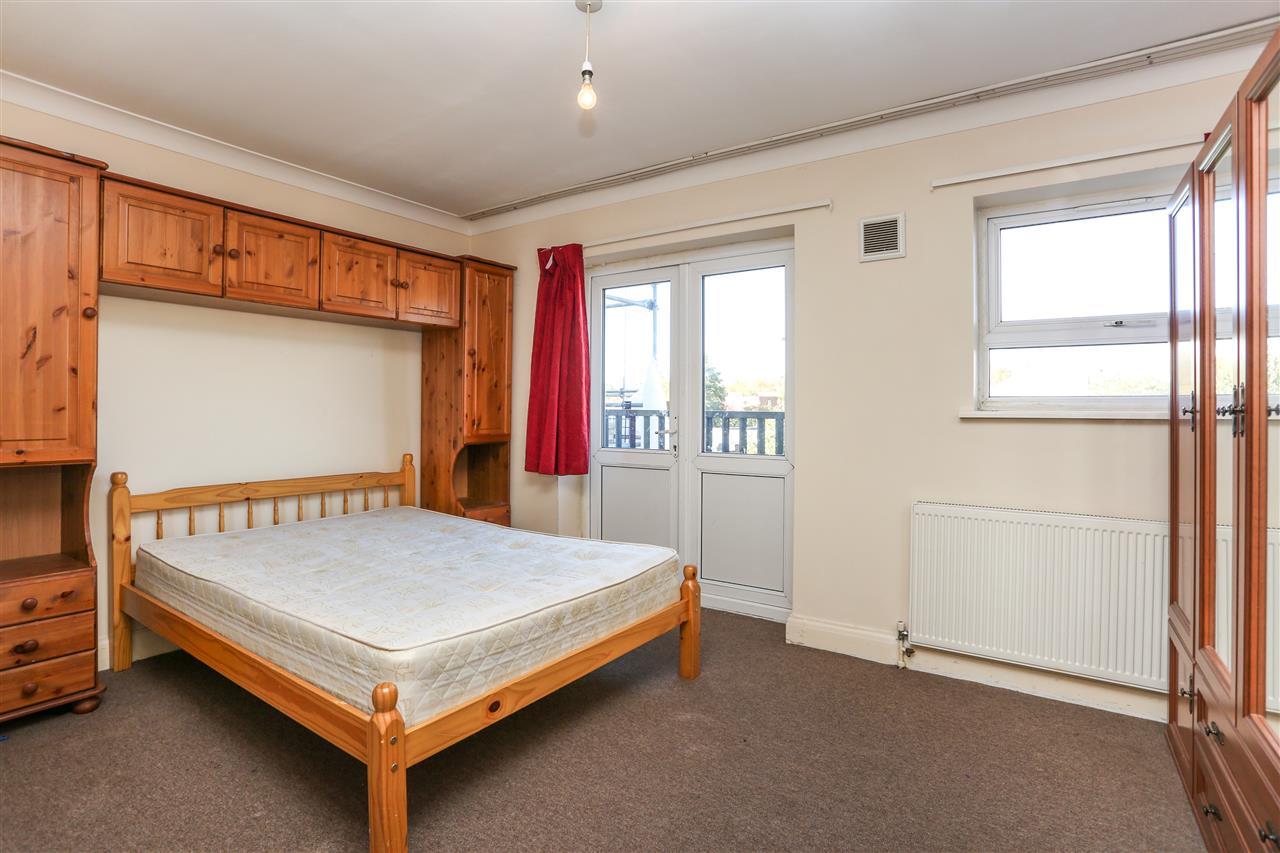 1 bed flat for sale in Ponder Street, London, N7