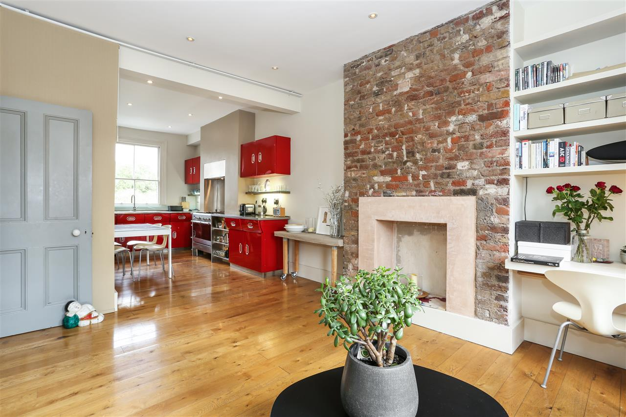 3 bed flat for sale in Tytherton Road, London, N19