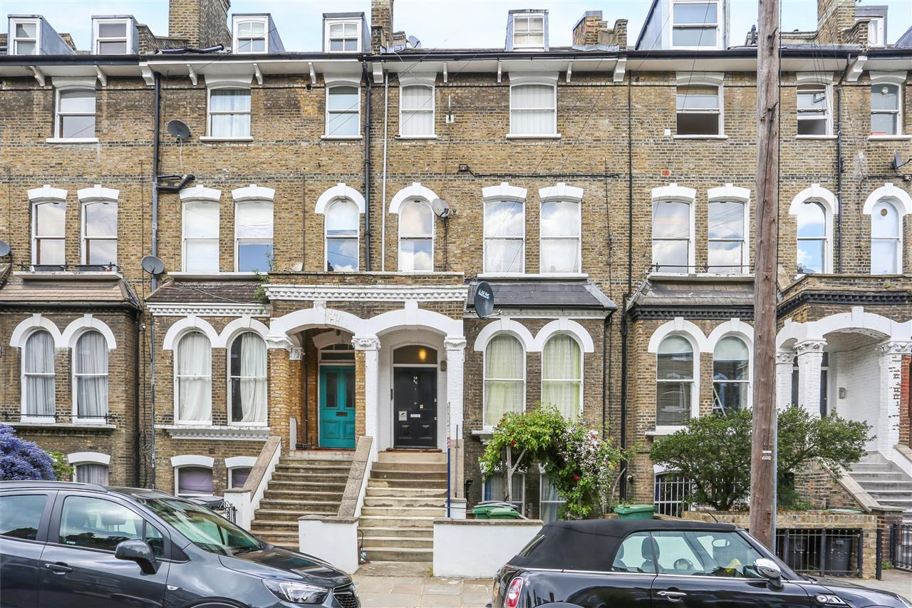 2 bed flat for sale in Ospringe Road, London, NW5