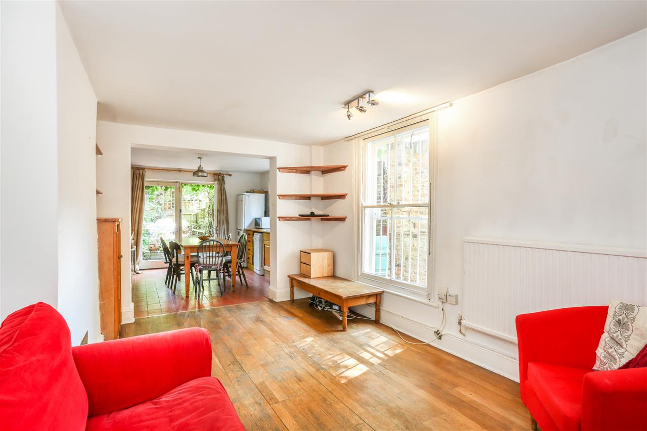 3 bed apartment for sale in Brecknock Road, London, N19