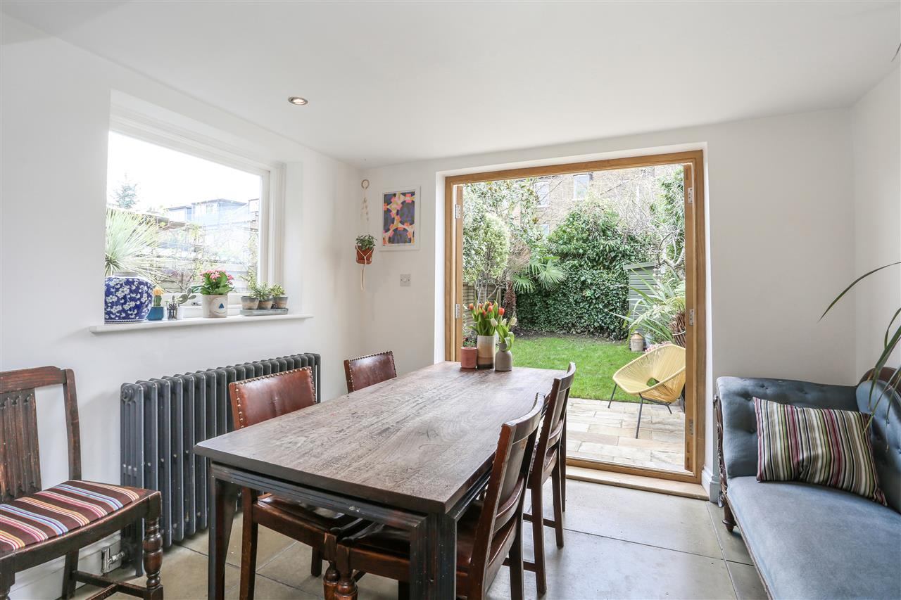 4 bed house for sale in Yerbury Road, London 6