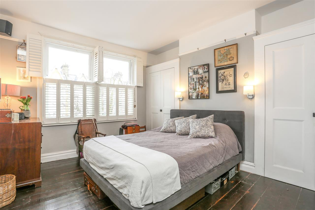 4 bed house for sale in Yerbury Road, London 7