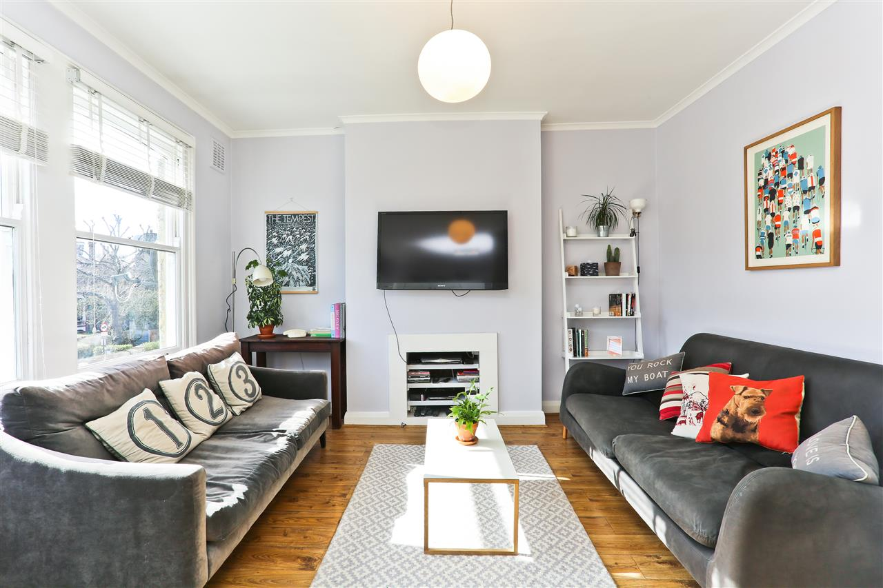 2 bed apartment for sale in Tufnell Park Road, London, N19