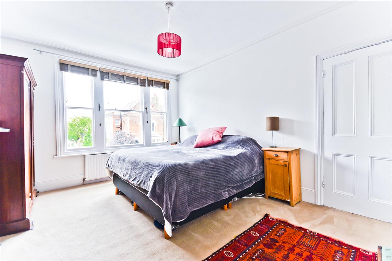 5 bed terraced for sale in Yerbury Road, London 15