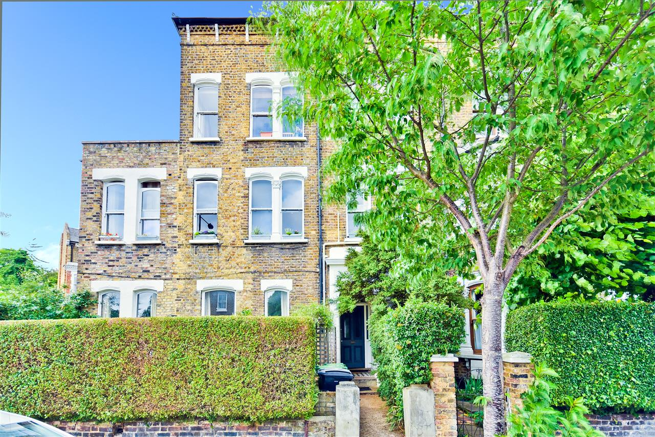1 bed flat for sale in Lady Somerset Road, London, NW5