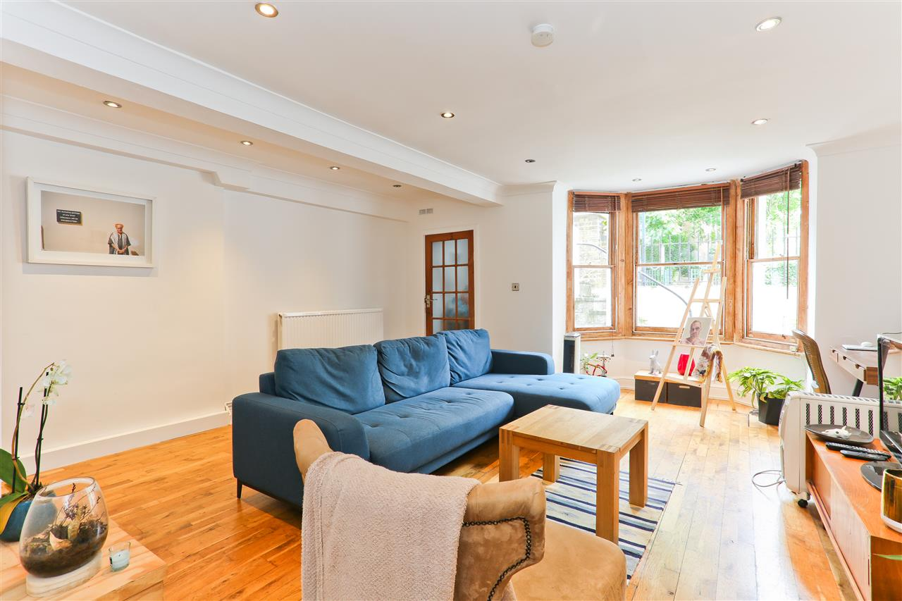 1 bed flat for sale in Ospringe Road, London, NW5