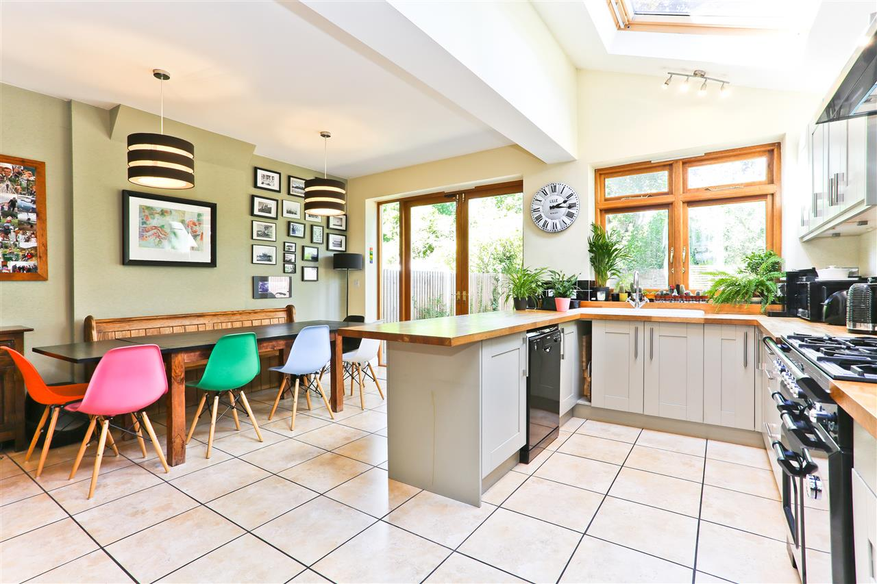6 bed terraced for sale in Mercers Road, London - Property Image 1