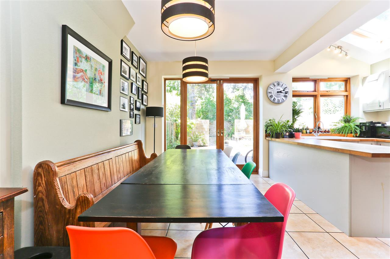 6 bed terraced for sale in Mercers Road, London 17
