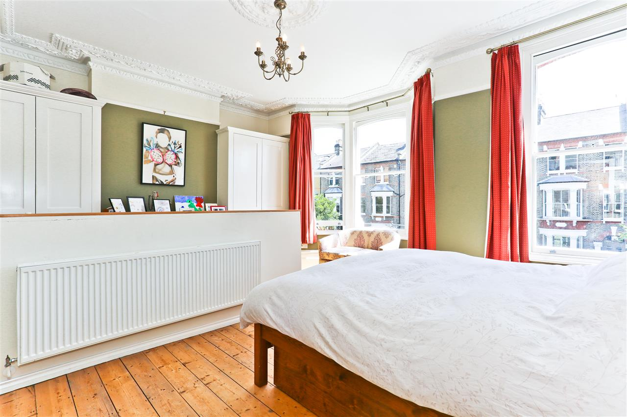 6 bed terraced for sale in Mercers Road, London 4