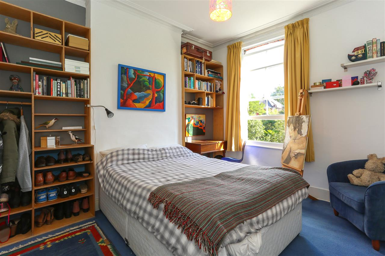 5 bed end-of-terrace for sale in Archibald Road, London 14