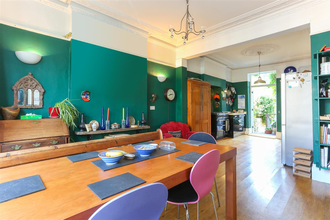 5 bed end-of-terrace for sale in Archibald Road, London 2