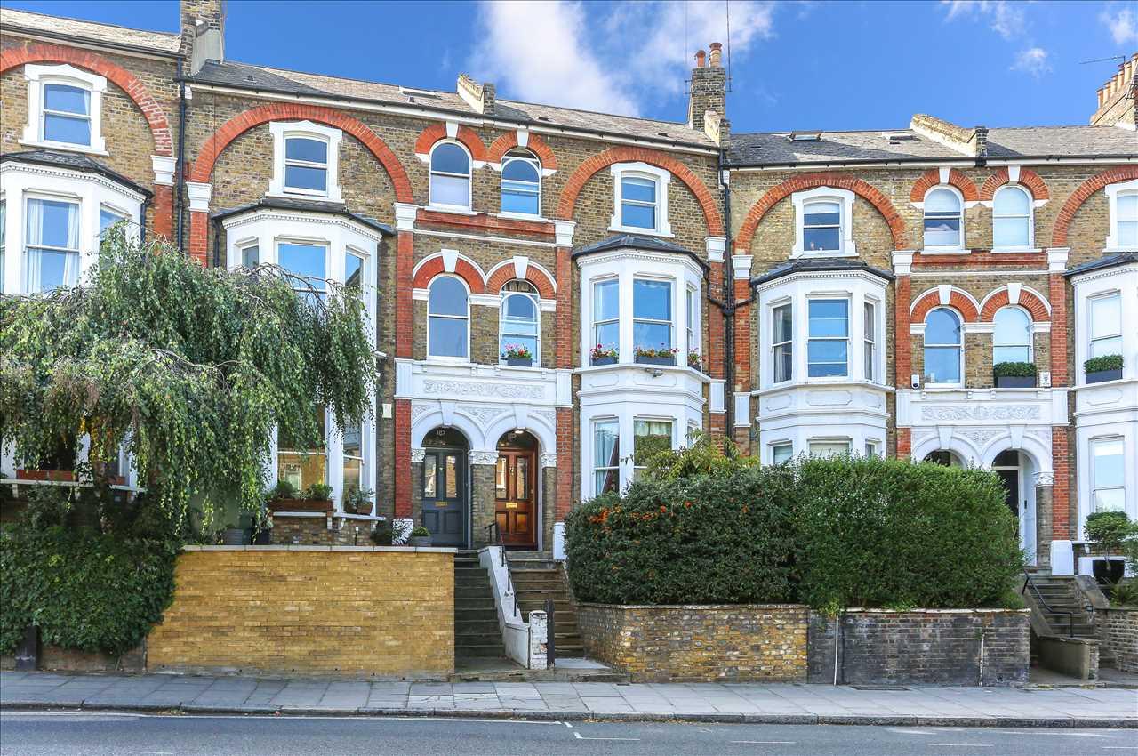 6 bed terraced for sale in Brecknock Road, London, N19