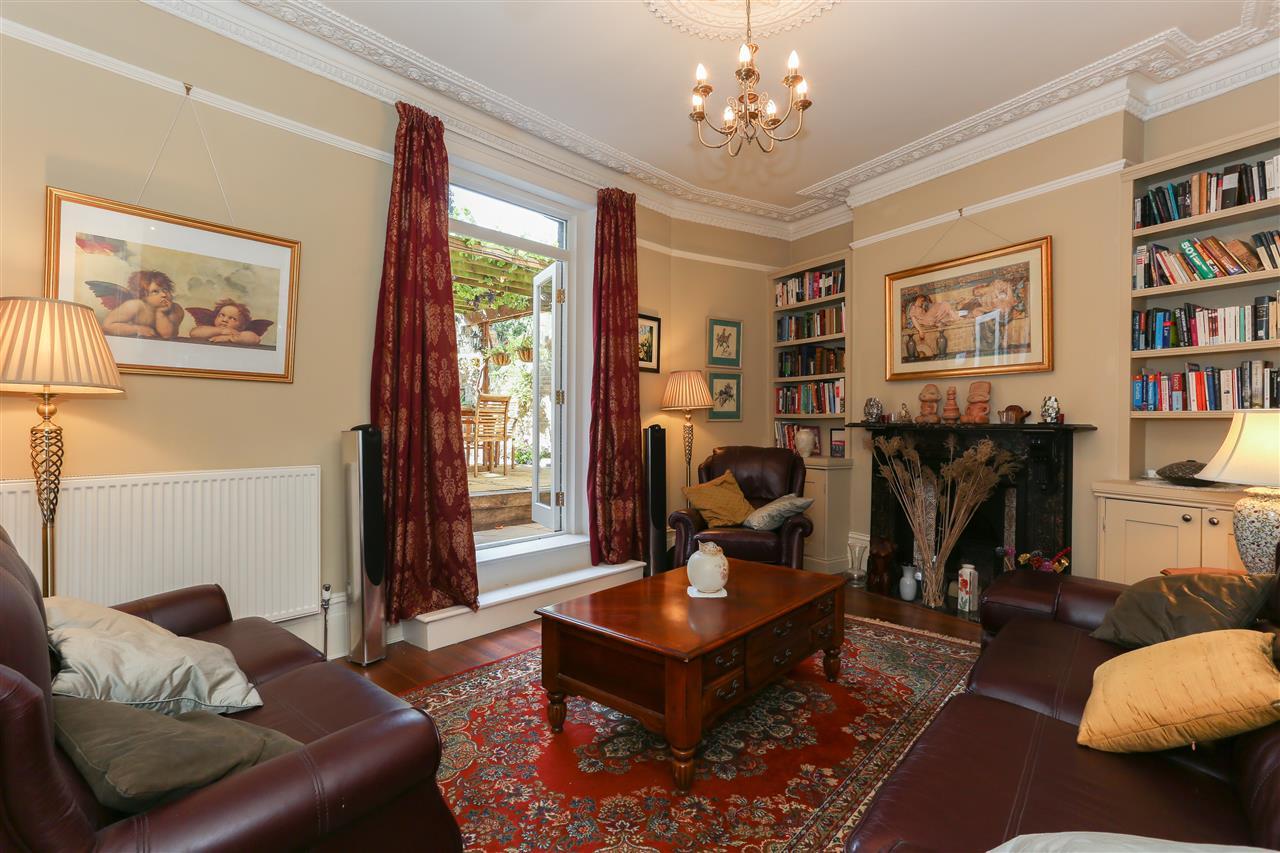6 bed terraced for sale in Brecknock Road, London 2