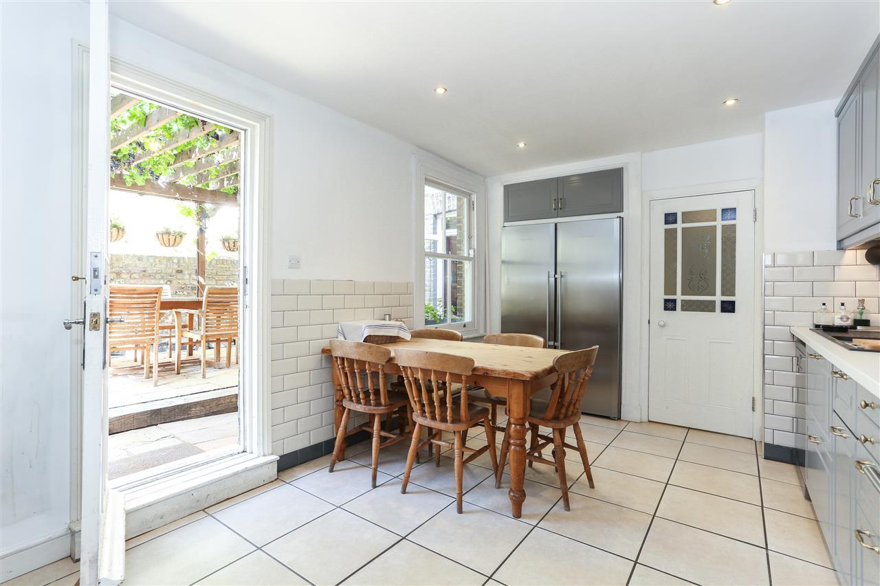 6 bed terraced for sale in Brecknock Road, London 5