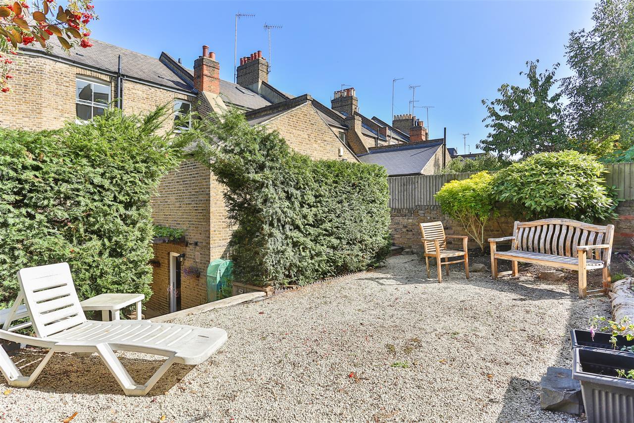6 bed terraced for sale in Brecknock Road, London 6