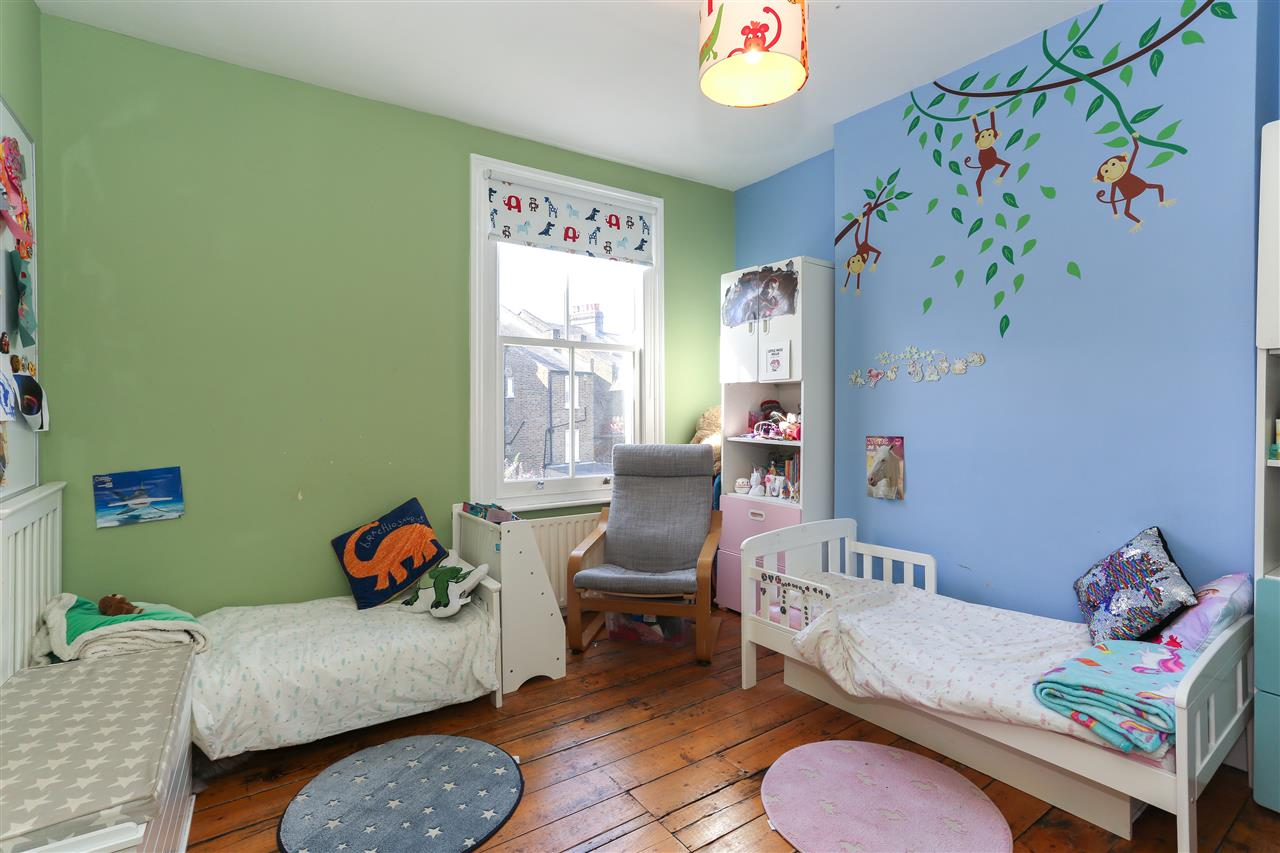 4 bed terraced for sale in Hugo Road, London 16