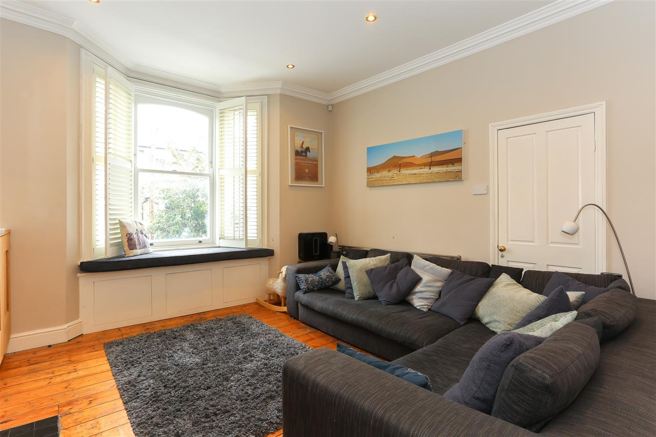 4 bed terraced for sale in Hugo Road, London 3