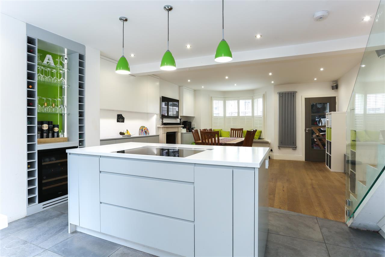 4 bed terraced for sale in Hugo Road, London 5