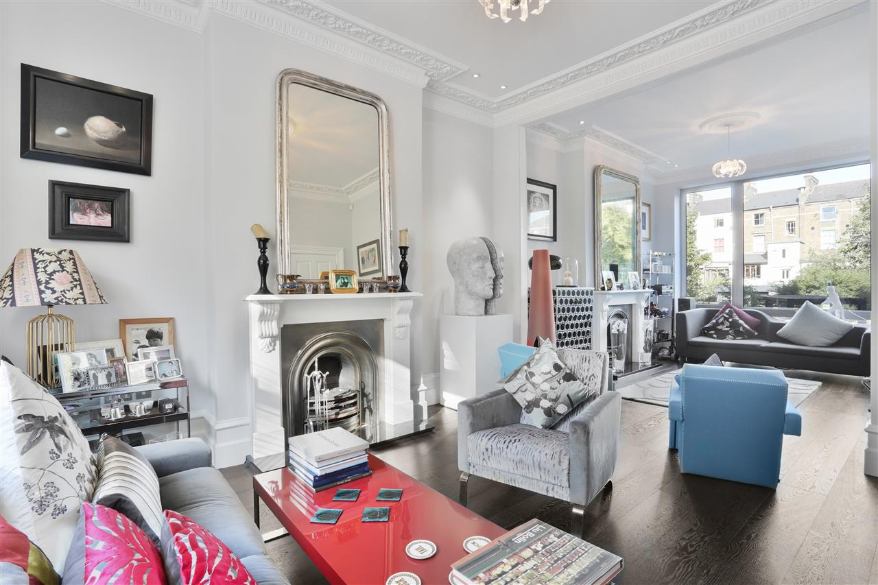 5 bed terraced for sale in St George's Avenue, London, N7