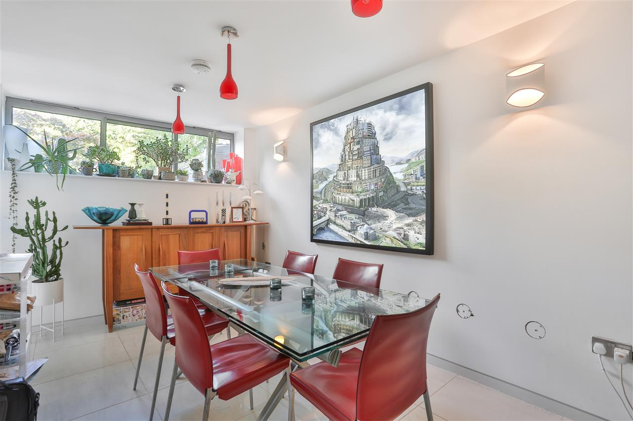 5 bed terraced for sale in St George's Avenue, London 10