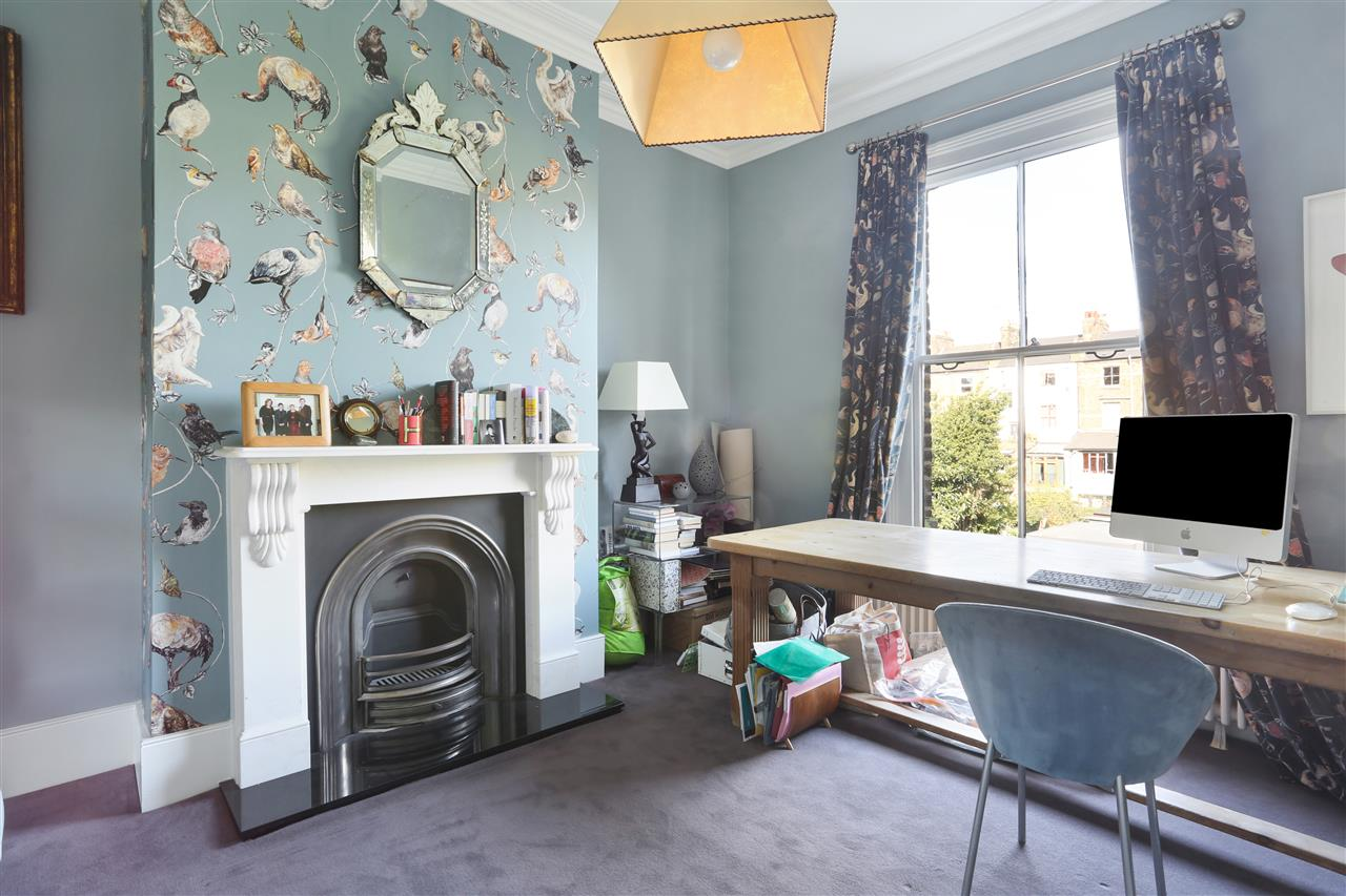 5 bed terraced for sale in St George's Avenue, London 16