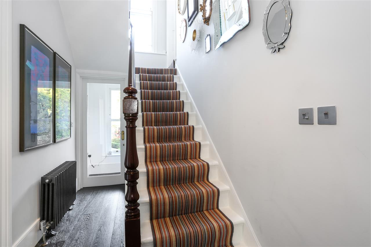 5 bed terraced for sale in St George's Avenue, London 17