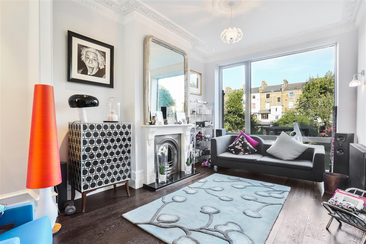 5 bed terraced for sale in St George's Avenue, London 9
