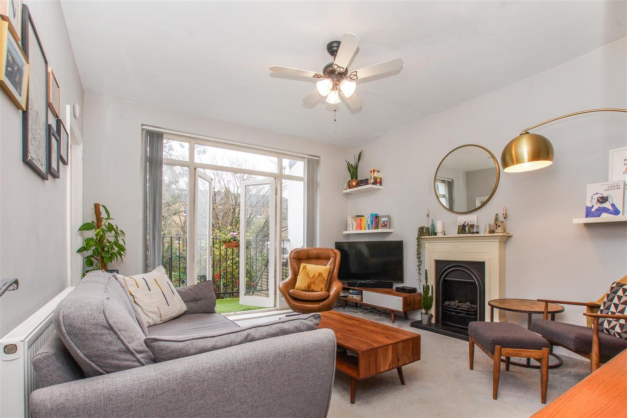 1 bed flat for sale in Tufnell Park Road, London, N7