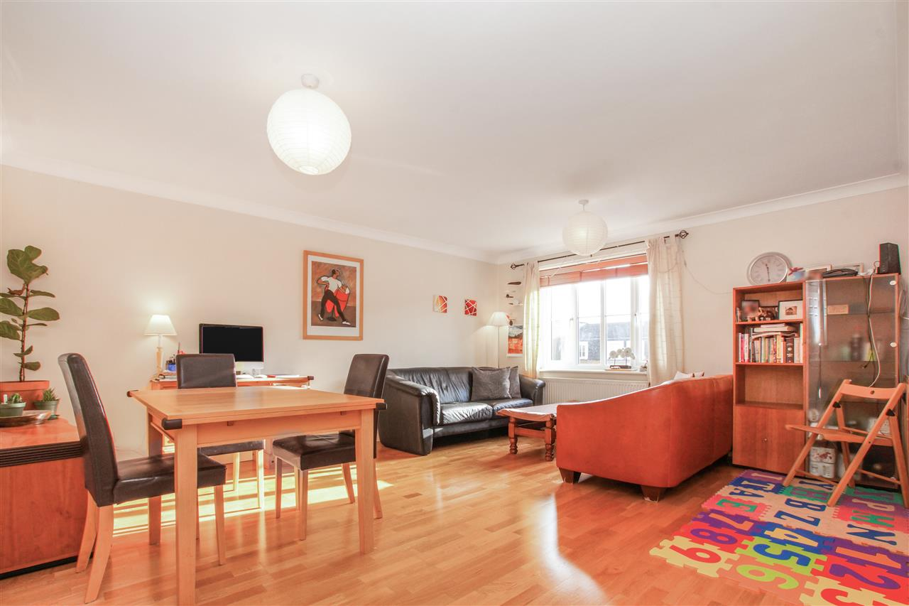 2 bed apartment for sale in Goddard Place, London, N19