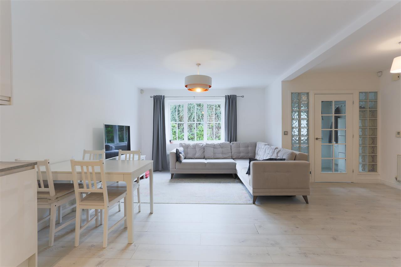 3 bed end-of-terrace for sale in Old Forge Road, London, N19