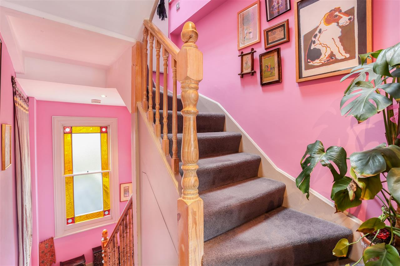 6 bed terraced for sale in Mercers Road, London 16