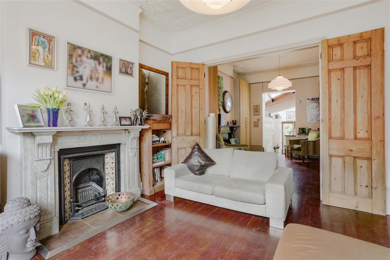 6 bed terraced for sale in Mercers Road, London 7