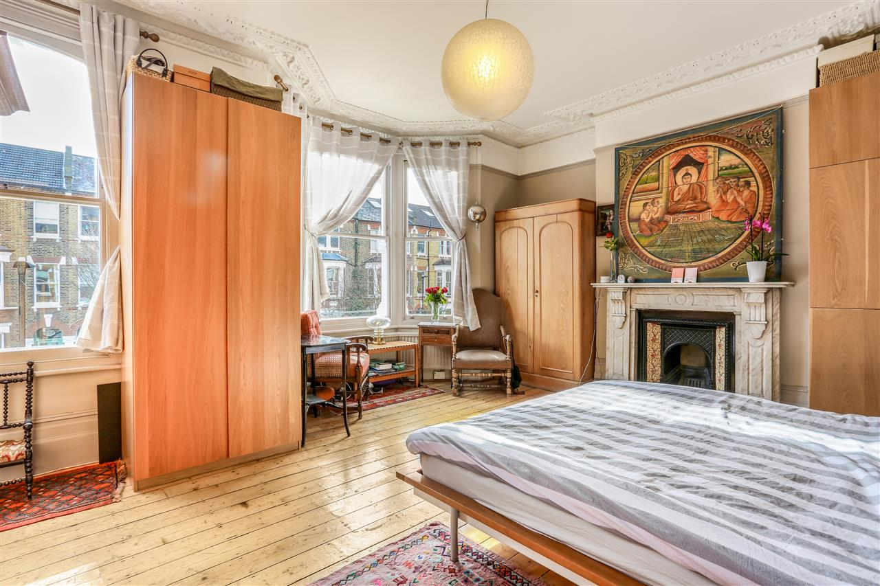 6 bed terraced for sale in Mercers Road, London 9