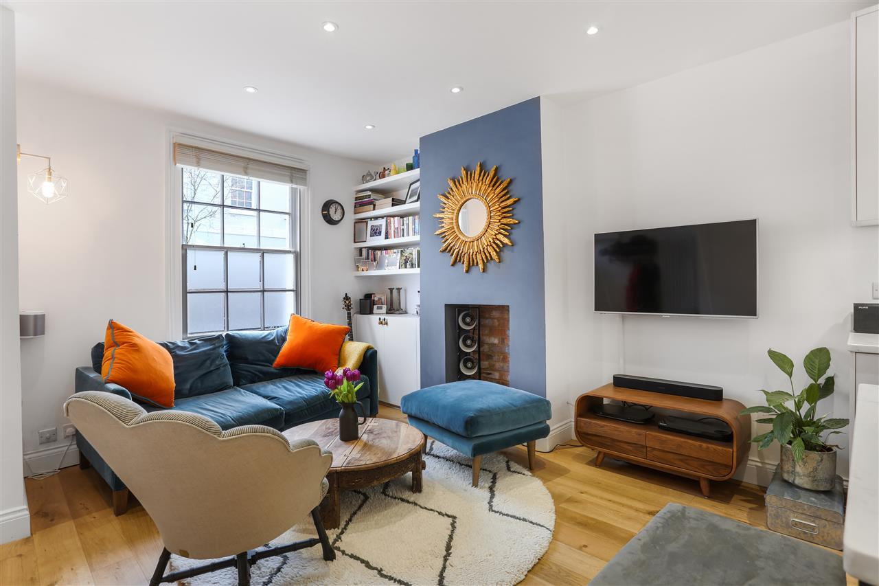 2 bed terraced for sale in Fortess Grove, London, NW5