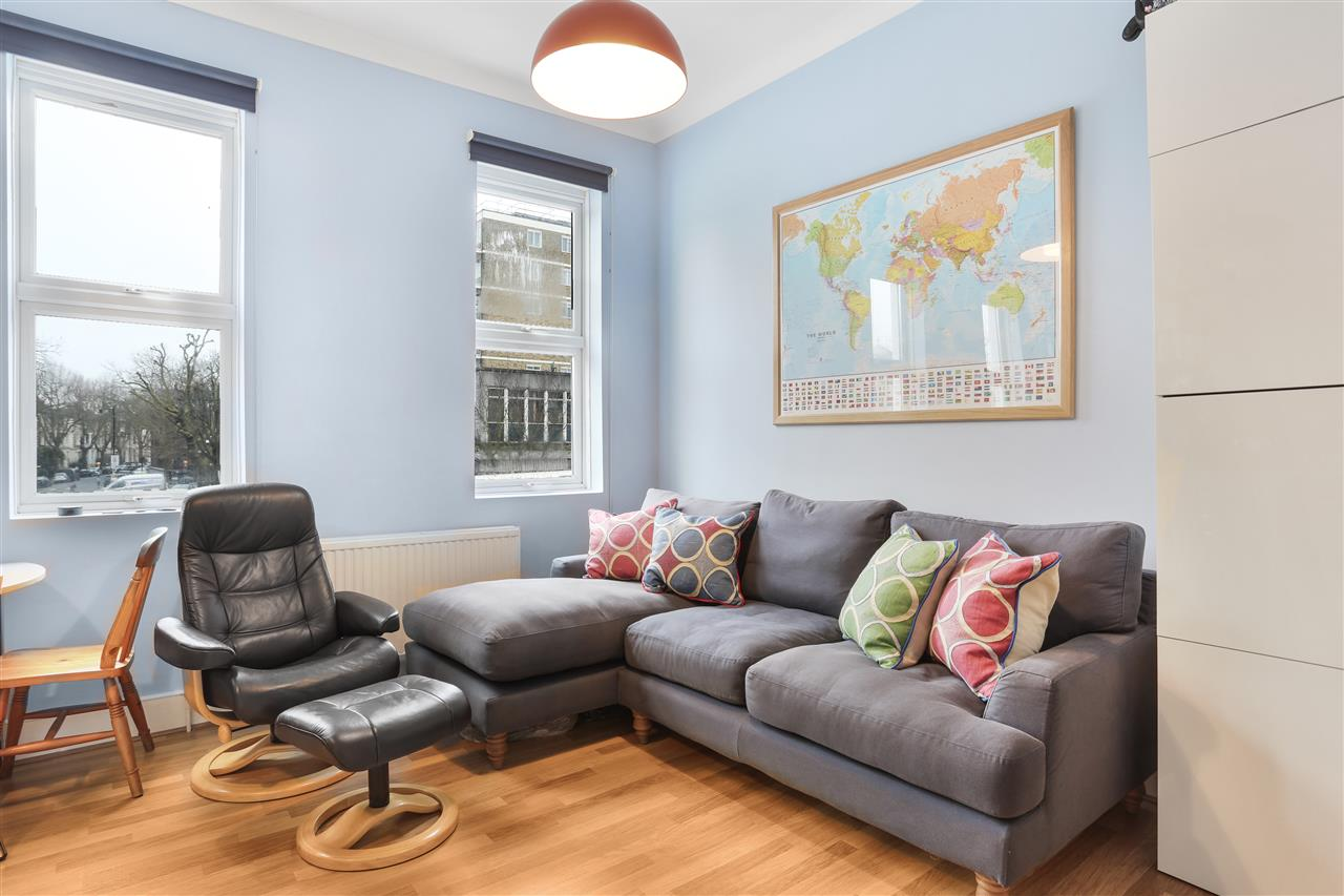 1 bed flat for sale in Criterion Mews, London, N19