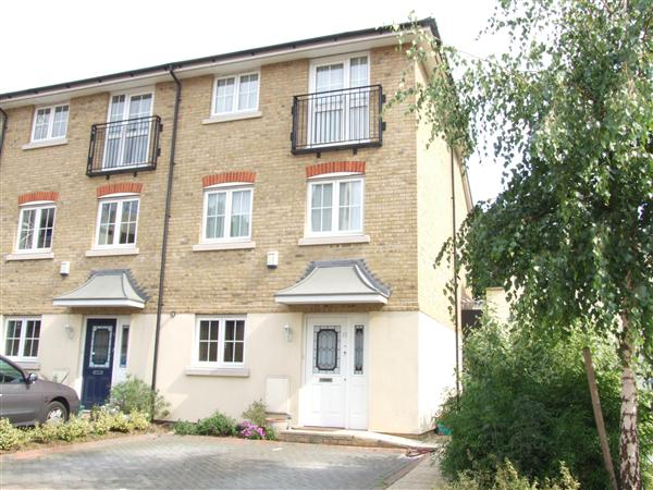 4 bed house to rent in Old Forge Road, London, N19