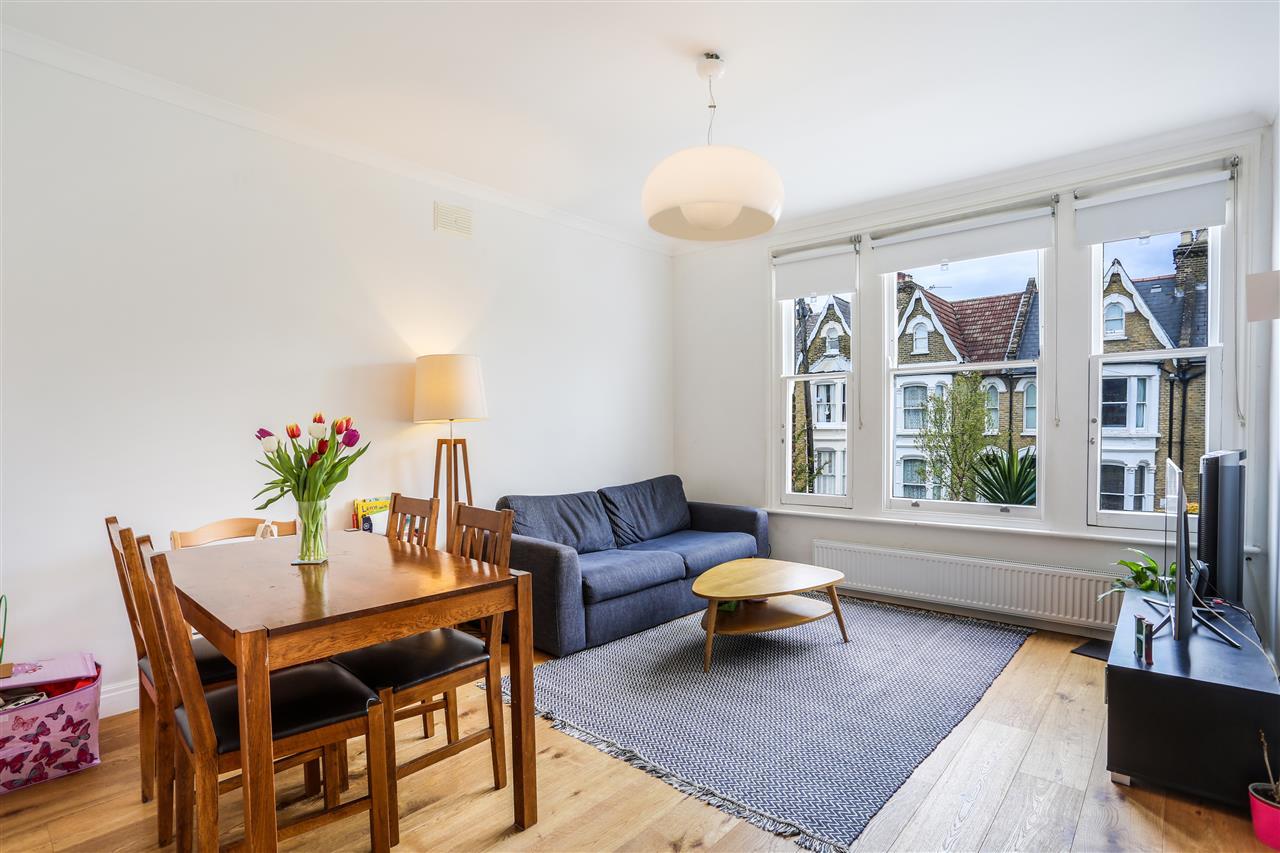 2 bed apartment for sale in Yerbury Road, London, N19