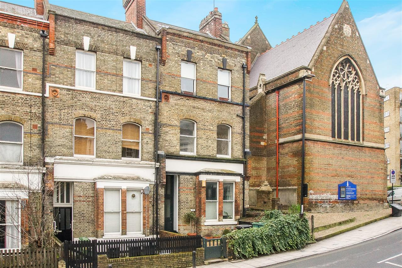 1 bed flat for sale in Dartmouth Park Hill, London, NW5