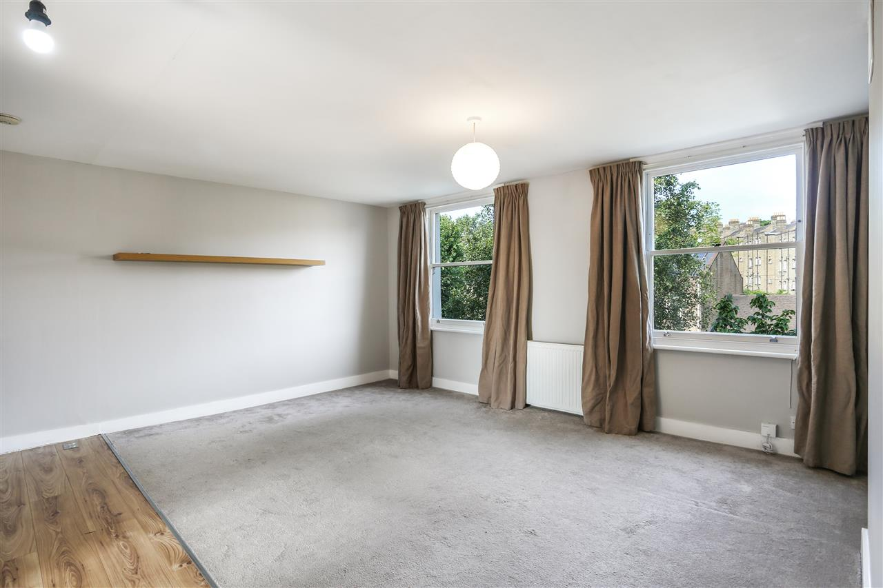 2 bed apartment for sale in Junction Road, London, N19