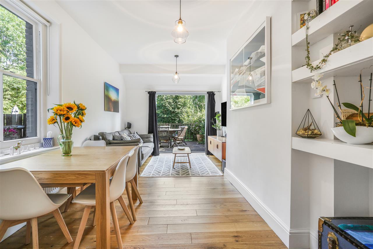 2 bed flat for sale in St John's Villas, London, N19