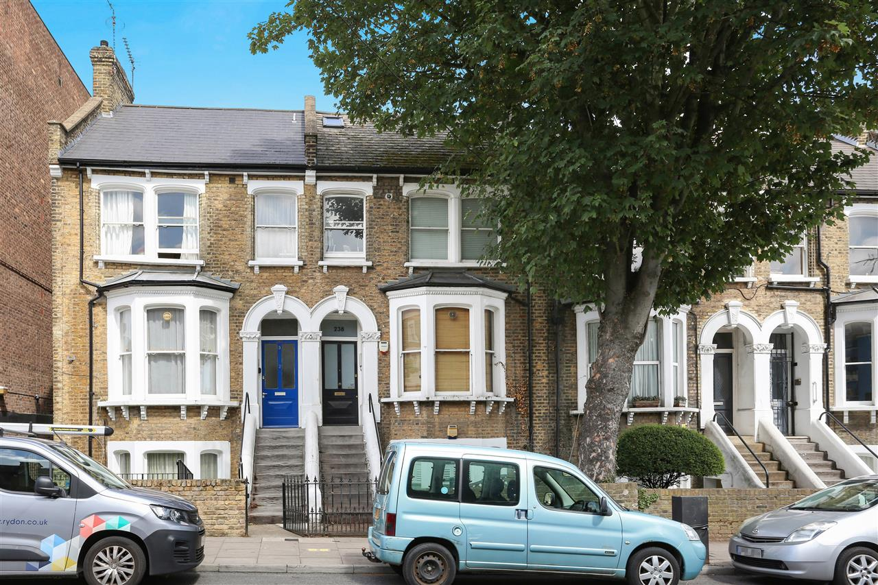 1 bed flat for sale in Tufnell Park Road, London, N19