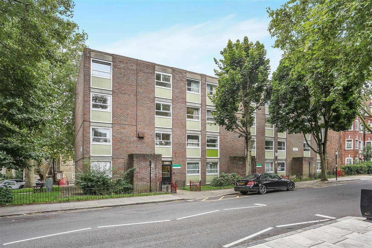 1 bed flat for sale in Sycamore Court, Pemberton Gardens, London, N19