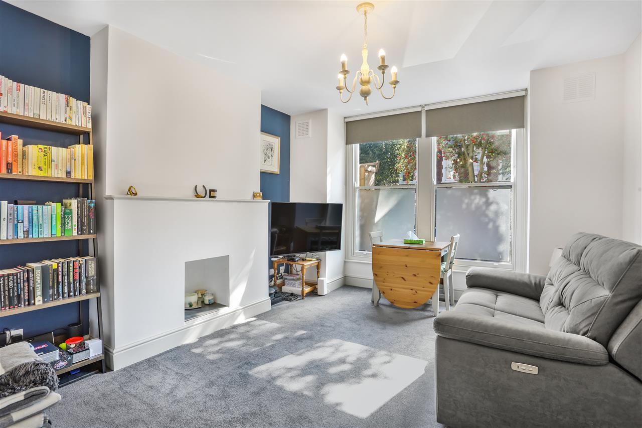 1 bed flat for sale in Harberton Road, London, N19